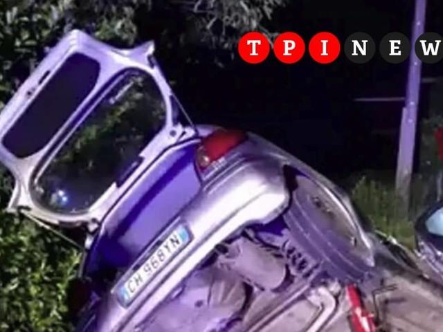 Siracusa, auto si schianta contro un pilone nella notte: morti due giovani di 17 e 22 anni