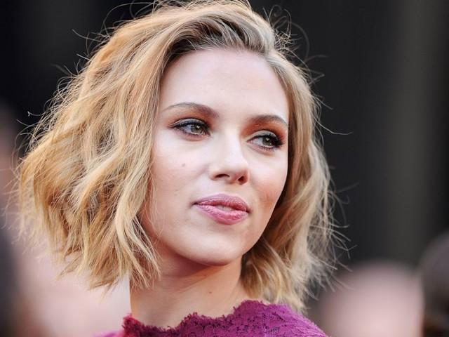 """Scarlett Johansson si sposa con Colin Just: la vedova nera degli """"Avengers"""" è pronta a dire «Sì»"""
