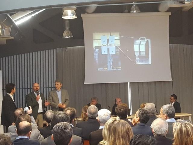 Torino, il futuro di internet: accesa la prima antenna 5G