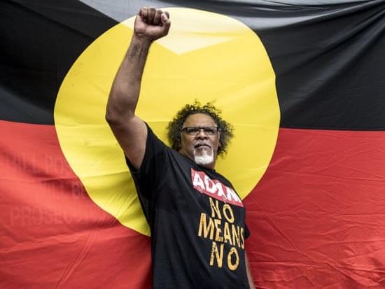 Il Queensland annulla le proprietà degli aborigeni per far posto a una miniera di carbone (VIDEO)