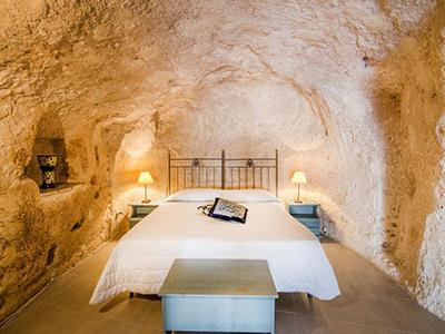 Sassi di Matera: Soggiorno + ingresso alla Casa Grotta a 35€