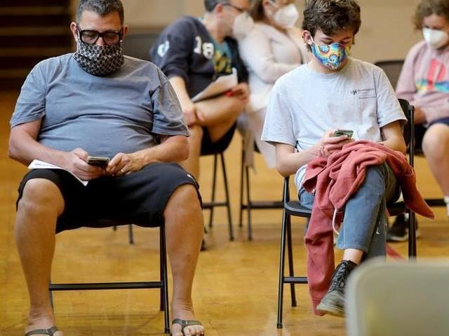 L'Italia pronta a vaccinare i sedicenni prima dell'estate
