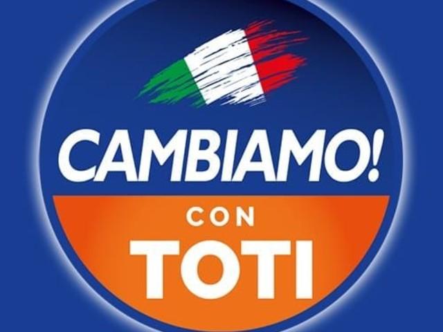 """Toti presenta """"Cambiamo"""": """"Prima si vota meglio è"""""""
