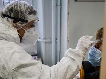 Pandemia, Rt nazionale in lieve diminuzione Trentino a rischio moderato, alto a Bolzano Zona gialla, a breve l'aggiornamento da Roma