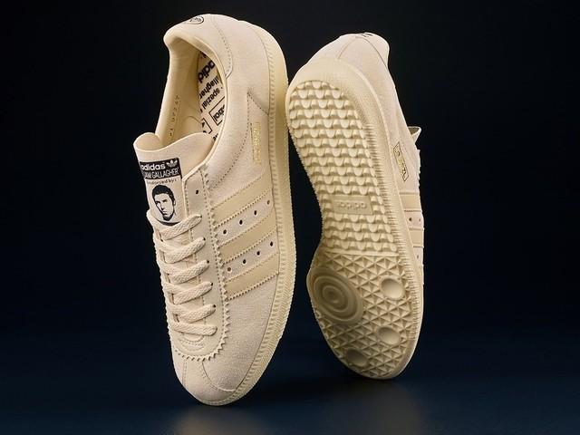 Adidas e Liam Gallagher, ecco le sneaker nate dalla loro collaborazione