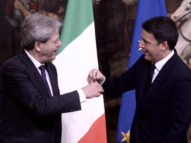 """L'audio di Renzi contro Gentiloni: """"Ha provato a far saltare intesa con M5S"""""""