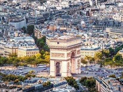 10 libri ambientati a Parigi da leggere prima di partire