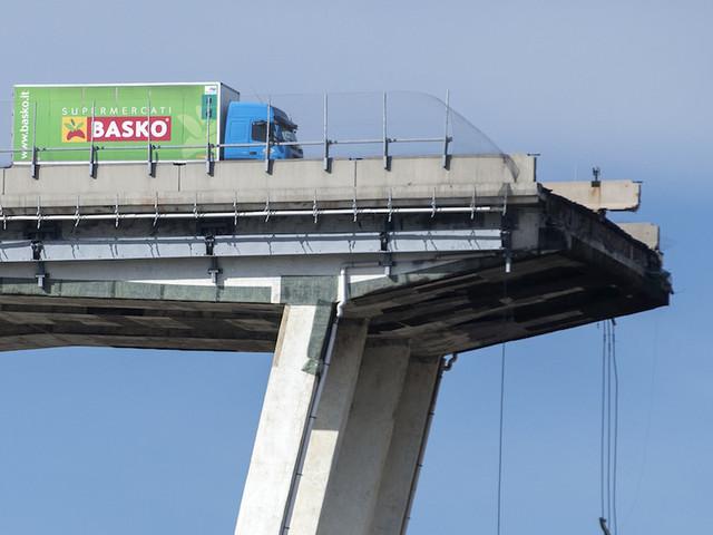 Ponte Morandi, le foto del disastro di Genova