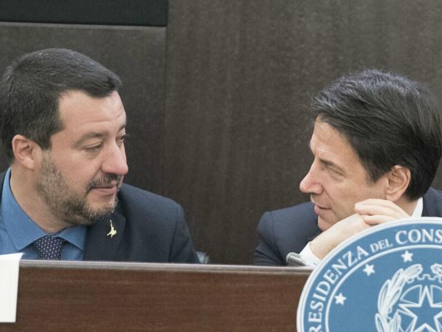 """SONDAGGI/ Lega al 37%, Salvini 50%, Conte 55%, Di Battista """"schianta"""" Di Maio"""