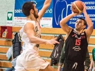 La Dinamo batte la Vida Latisana nonostante l'assenza di Moruzzi