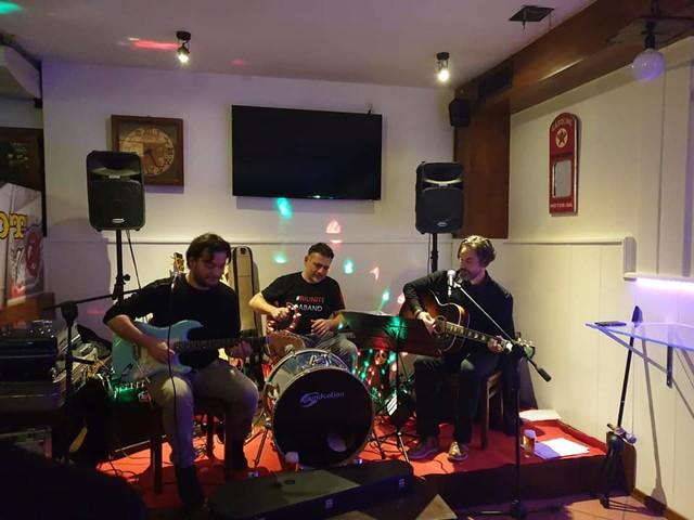 Rock Time: venerdì 13 al White Cafè l'ultimo live per la prima fase del concorso