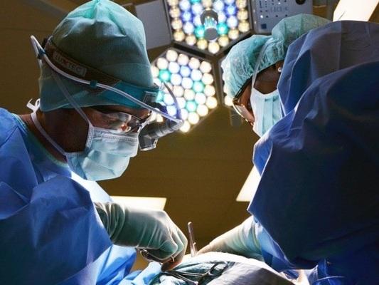 A Torino una ragazza di 17 anni malata di cuore è stata salvata senza trapianto