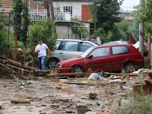 Italia flagellata dal maltempo, fiume di fango in Irpinia