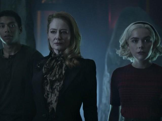 Sabrina 3 su Netflix, l'horror assume nuove forme in una stagione caotica ma geniale (recensione)