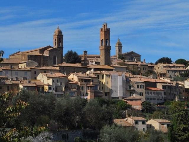 Montalcino: guida alla visita del fiabesco borgo del Brunello