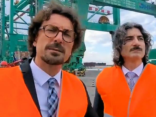 """VIDEO -Porto di Gioia Tauro, Toninelli: """"questo porto può competere a livello mondiale"""""""