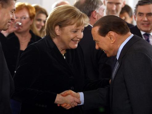 Tutti gli eurodisastri di Berlusconi: così ha affossato il Made in Italy