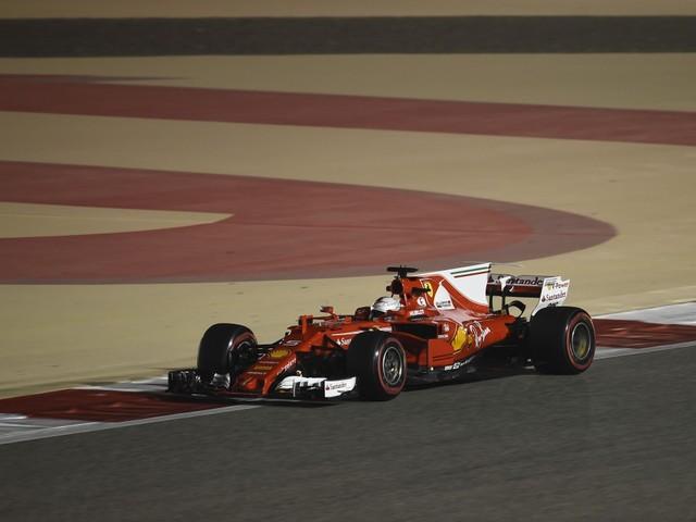 Gp Bahrain - Vettel vince in volata su Hamilton