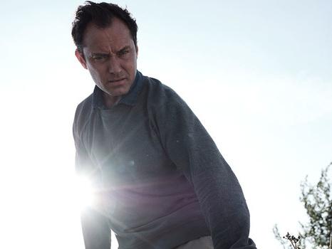 Jude Law tra riti pagani e terrore nella serie The Third Day