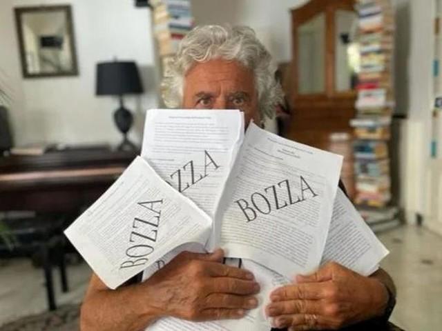 """M5S, conti in rosso per il """"blog di Grillo"""": senza pubblicità società in liquidazione"""