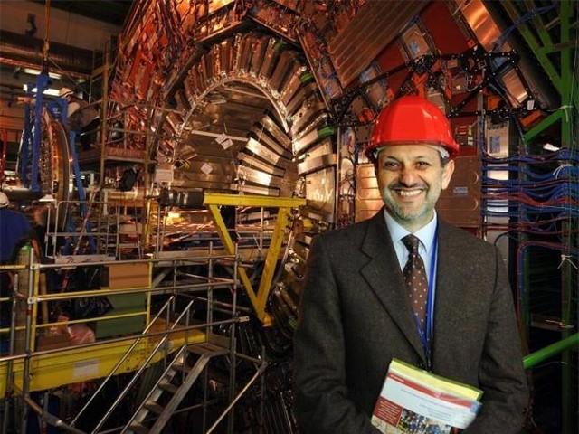 Il boom della scienza a Francoforte Brilla la stella di Guido Tonelli