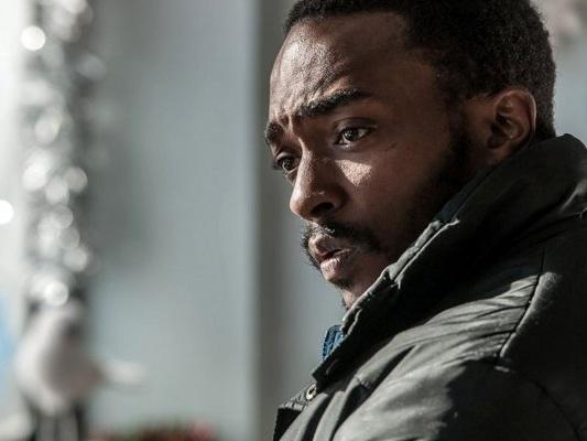 Altered Carbon, seconda stagione: Netflix annuncia la data di uscita - Notizia