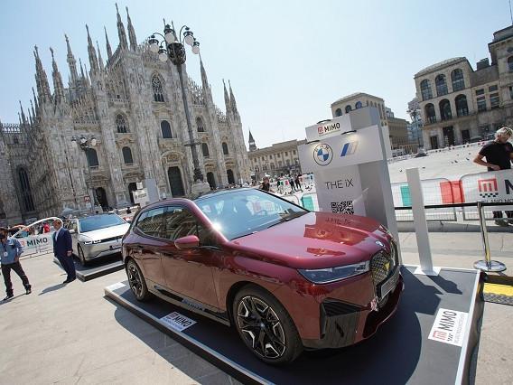 Bmw iX: il SUV elettrico al Milano Monza Motor Show
