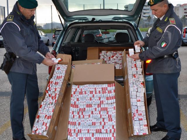 Foggia: codice antimafia, sequestro di beni per un milione e mezzo di euro a pregiudicato Taranto, lotta al contrabbando: sequestro di 111 chili di sigarette