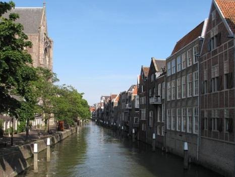 Sparatoria a Dordrecht in Olanda: tre morti