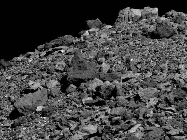 Asteroide Bennu, studio NASA sulle misteriose espulsioni di particelle