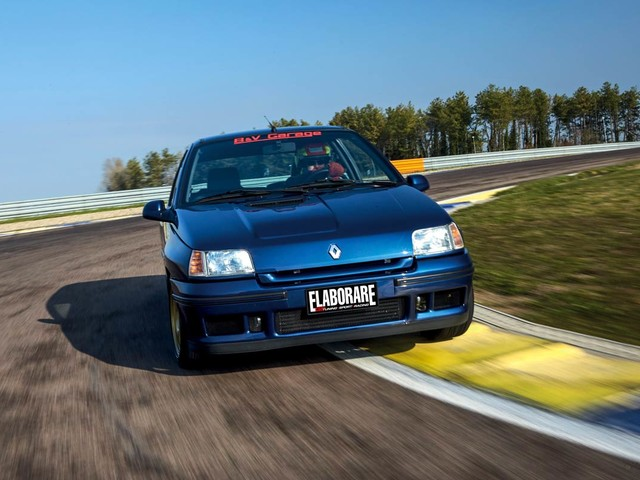 Renault Clio 1.8 16V preparata turbo, va forte! TUNING