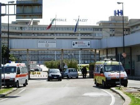 """Lecce: 38enne morta un'ora dopo il ricovero per dolori all'addome. Aperta inchiesta La donna, di San Pietro Vernotico, si era presentata al pronto soccorso del """"Vito Fazzi"""" ieri mattina"""