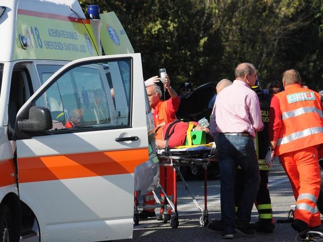 Drammatico incidente vicino Roma, distrutta intera famiglia
