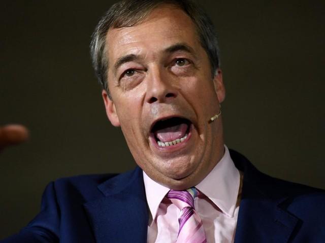 Brexit, Nigel Farage al premier Johnson: 'Straccia il patto con Bruxelles'