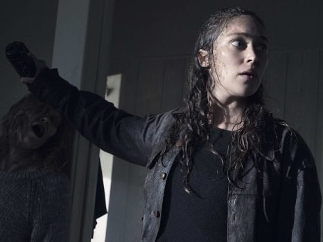 Fear The Walking Dead 5 prende il via da uno schianto, tutto è cambiato per Morgan e i suoi? (Video)