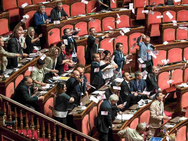 Banche salvate, risparmiatori truffati #DecretoBancheVenete