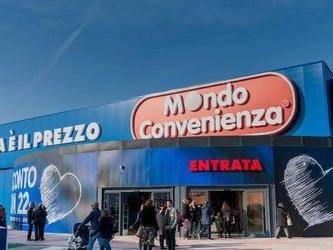 Mondo Convenienza si espande all'estero, primo negozio in Spagna