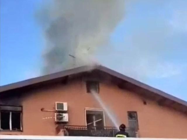 Incendio in casa a Sigonella, 2 feriti