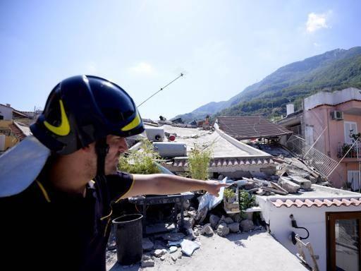 Ischia, i furbetti del terremoto: chiesti risarcimenti anche da vacanzieri