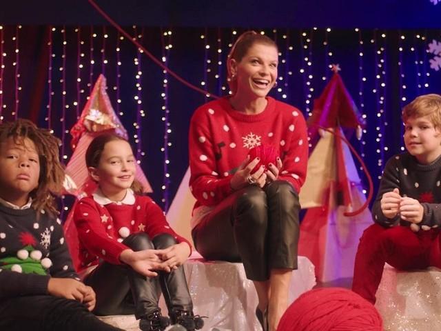 Alessandra Amoroso per Save The Children con un maglione che fa del bene