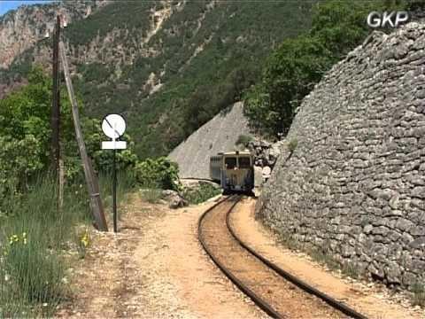 Grecia segreta : la Ferrovia a Cremagliera Odontotos da Diakofto a Kalavryta