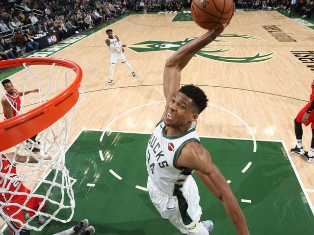 NBA, risultati della notte: Giannis da MVP travolge i Blazers, Melli vince ancora