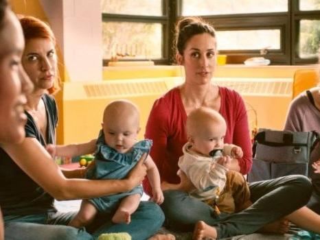 Perché guardare Workin' Moms su Netflix, racconto surreale ma accattivante su maternità e dintorni (recensione)