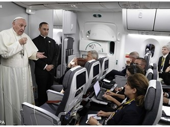 Papa: Colombia, Paese che ha futuro, un viaggio commovente