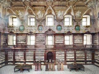 Brevissimo saggio sui libri di Napoli