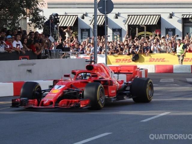 GP dItalia - La Formula 1 dà spettacolo in centro a Milano - LIVE