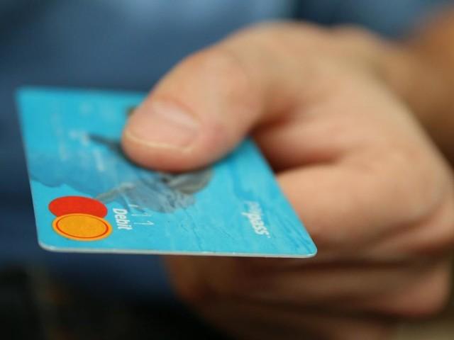 Reddito di cittadinanza: prima la domanda, poi la Did e dal 19 aprile consegna della card