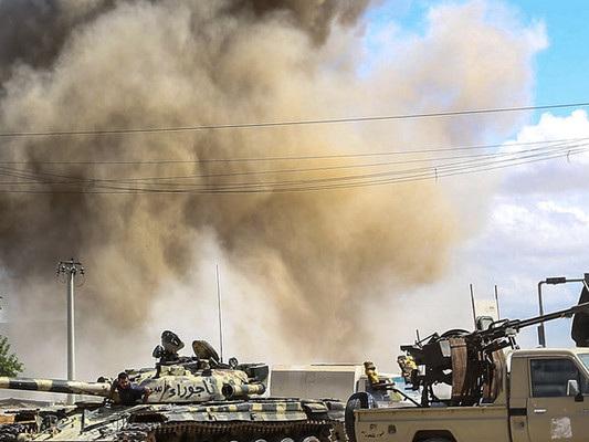 Libia: bombardato ospedale da campo, uccisi cinque medici