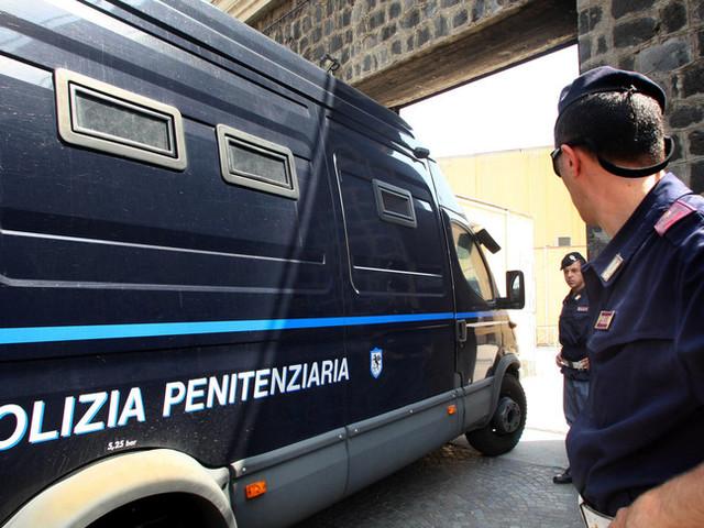 Il diario in cella del killer del duplice omicidio di Lecce