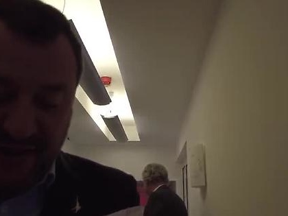 """Matteo Salvini a La7, Bechis lo incrocia: """"Miracolo, Don Matteo!"""", la reazione del leghista"""